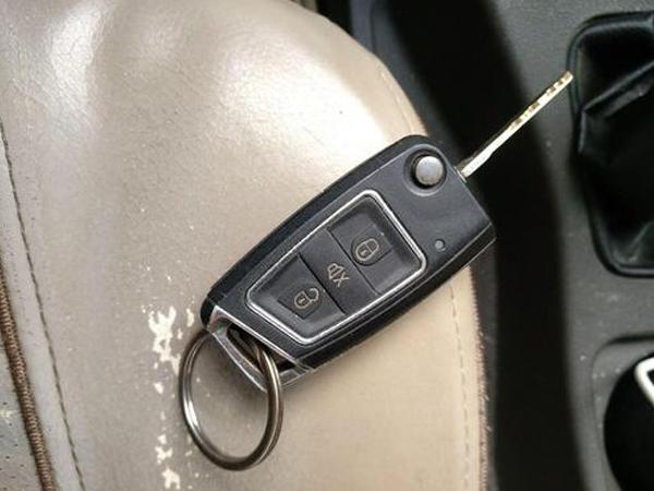 配汽车钥匙-五菱宏光s3